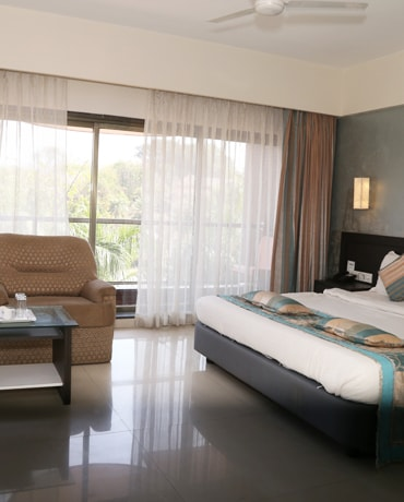 Best hotels in daman